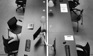 Knoll - Plateau - workbench - teamworking