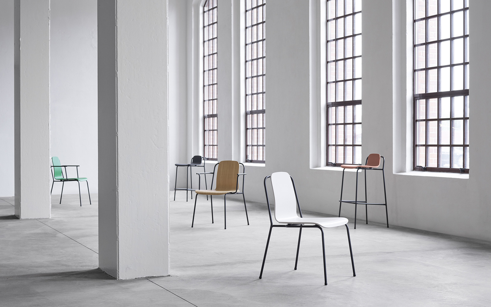 stoel-studio-normann-ENNAIR